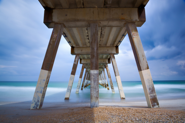 wrightsville beach johny mercer pier, architectural ocean pier, underneath the pier
