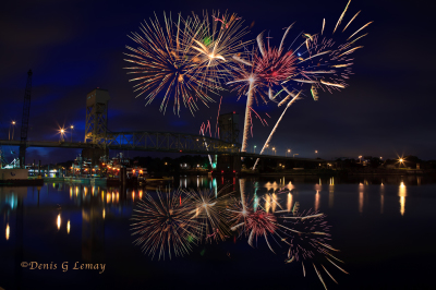 How To Shoot And Add Fireworks To Night Scenes In Photoshop