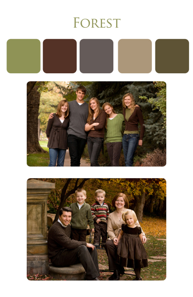 Clothing suggestions for family portrait in the park