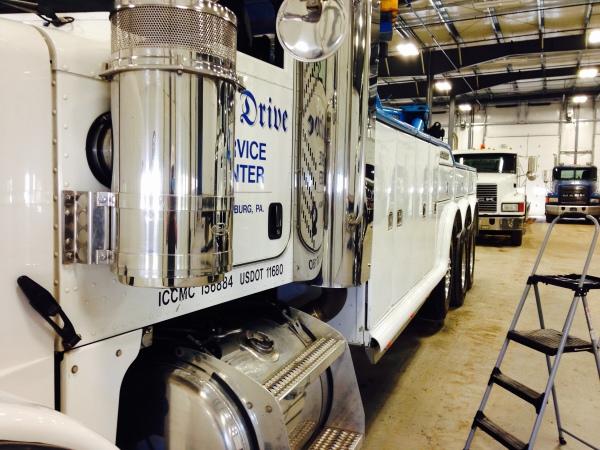 Tow & Semi Trucks