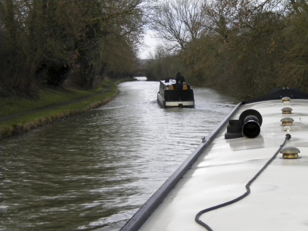 Moving two boats together on the North Oxford Canal