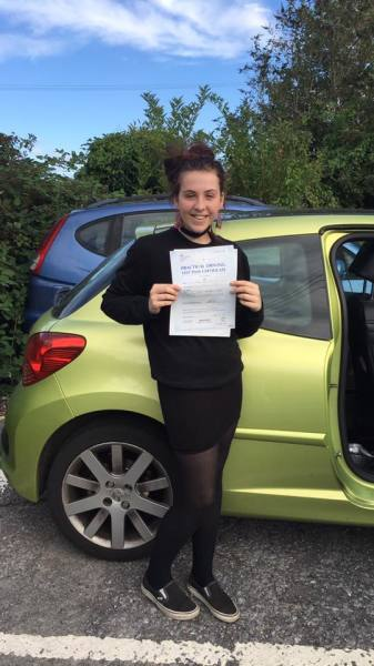Rosie Passes With A Line Driving School 16th September 2016