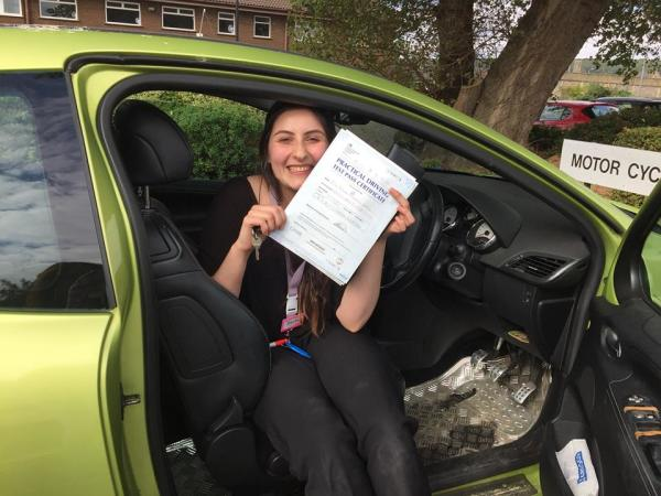 Becky Passes With A Line Driving School 6th October 2016