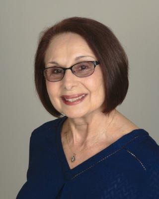 Intuitive Life Coach, Patti Tatro, Level 10 Love, Reiki Master, Intuitive Tarot Reader