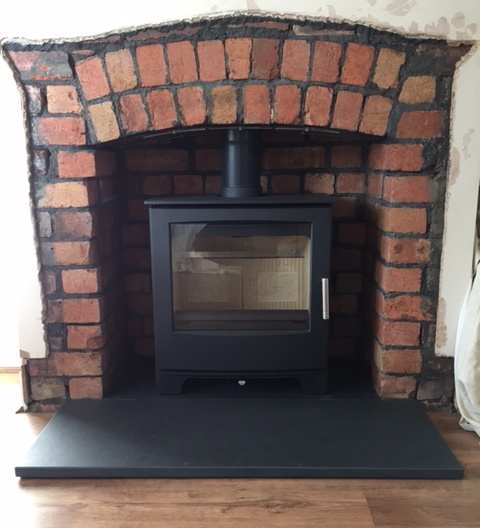 Brick opening, arched lintel, multi fuel stove
