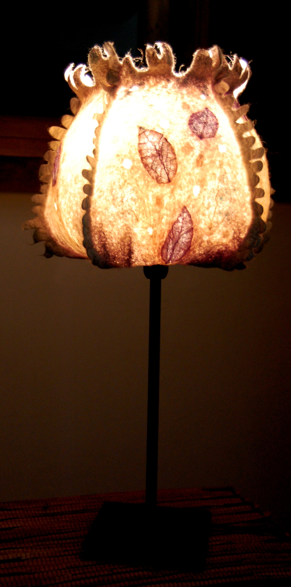 "Lamp ""Leafs"""
