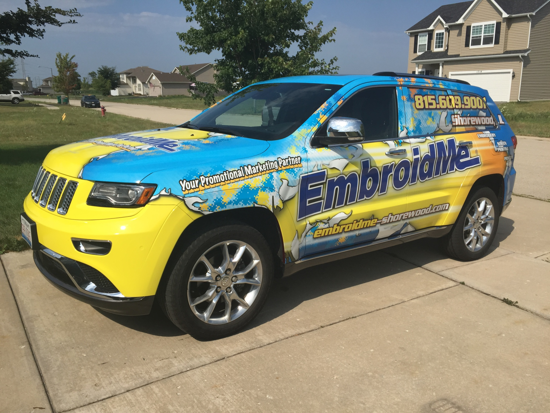 EmbroidMe Chicago - Rip design, Jeep Grand Cherokee