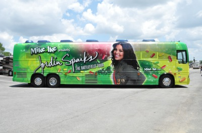 Mike and Ike presentsJordin Sparks