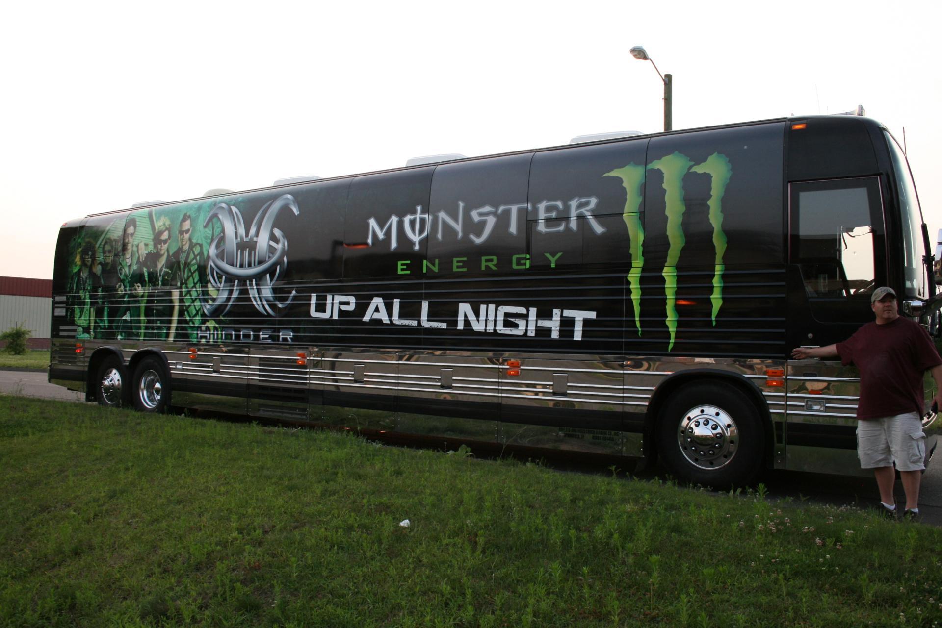 Hinder vs Monster Energy