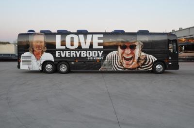 Big Kenny Tour Bus