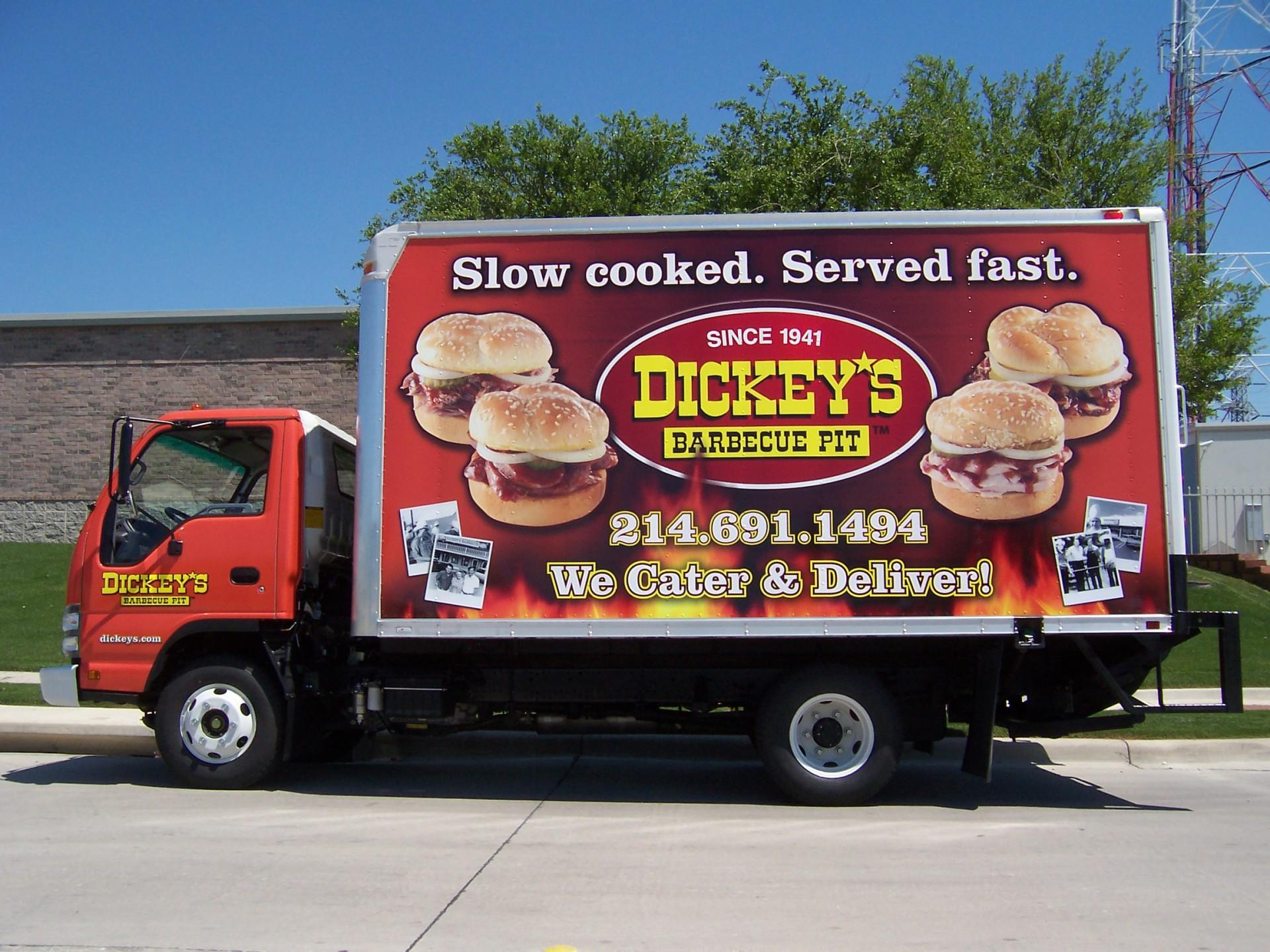 Dickey's Isuzu Box Truck Dallas TX,  Dickey's Vehicle Wraps, Vehicle Wraps Dallas TX