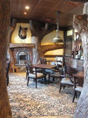 Fox and Hounds Irish Pub - Aldergrove