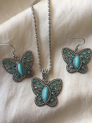 VINTAGE STYLE NECKLACE & EARRING SET