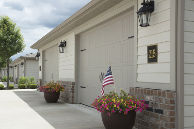 GARAGES WITH REMOTES