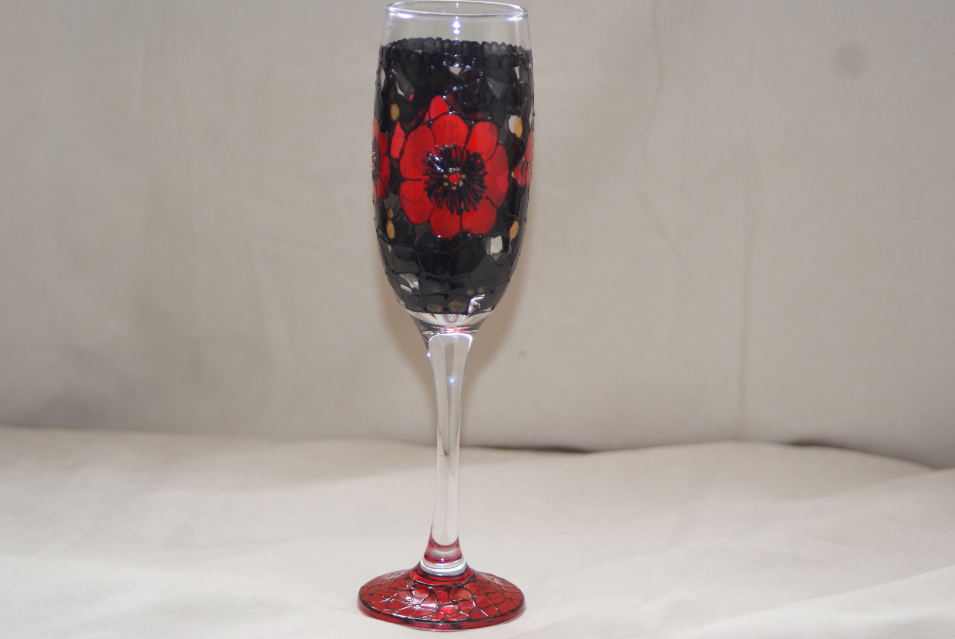 Midnight Poppy Wine Flute