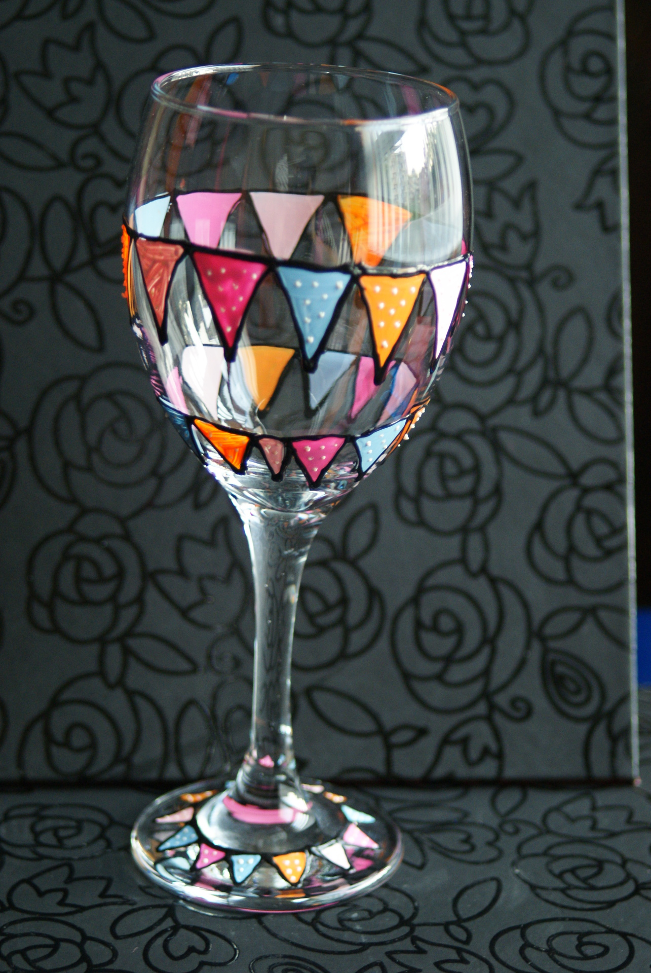 Bunting Pastel Wineglass