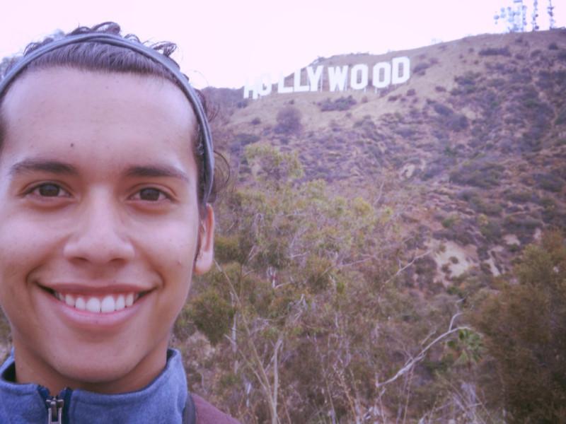 Javier Eduardo Sanchez en las letras de Hollywood