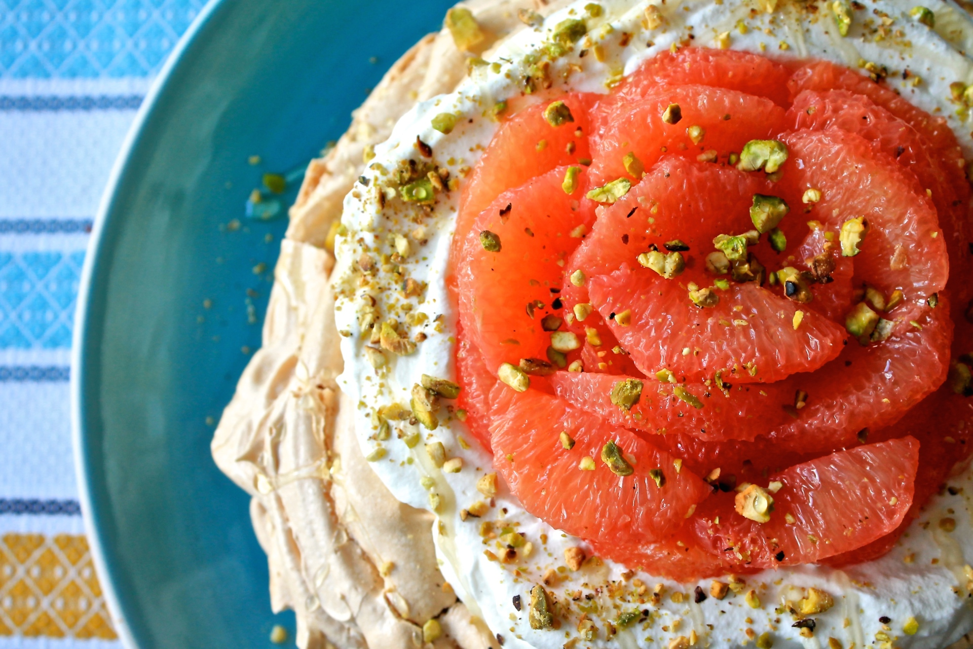Cooking 101: Pink Grapefruit Pavlova