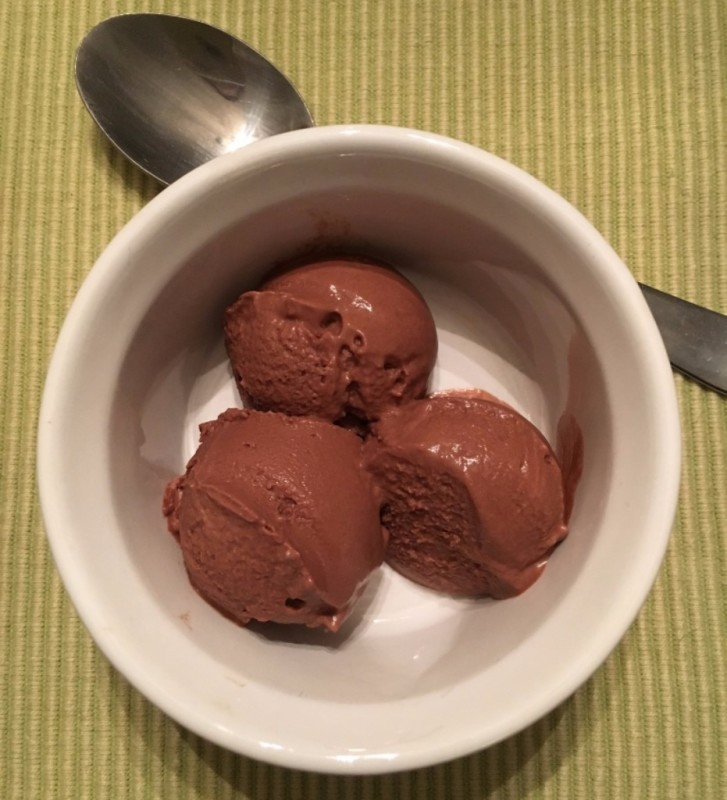 Healthy Homemade Chocolate Ice Cream