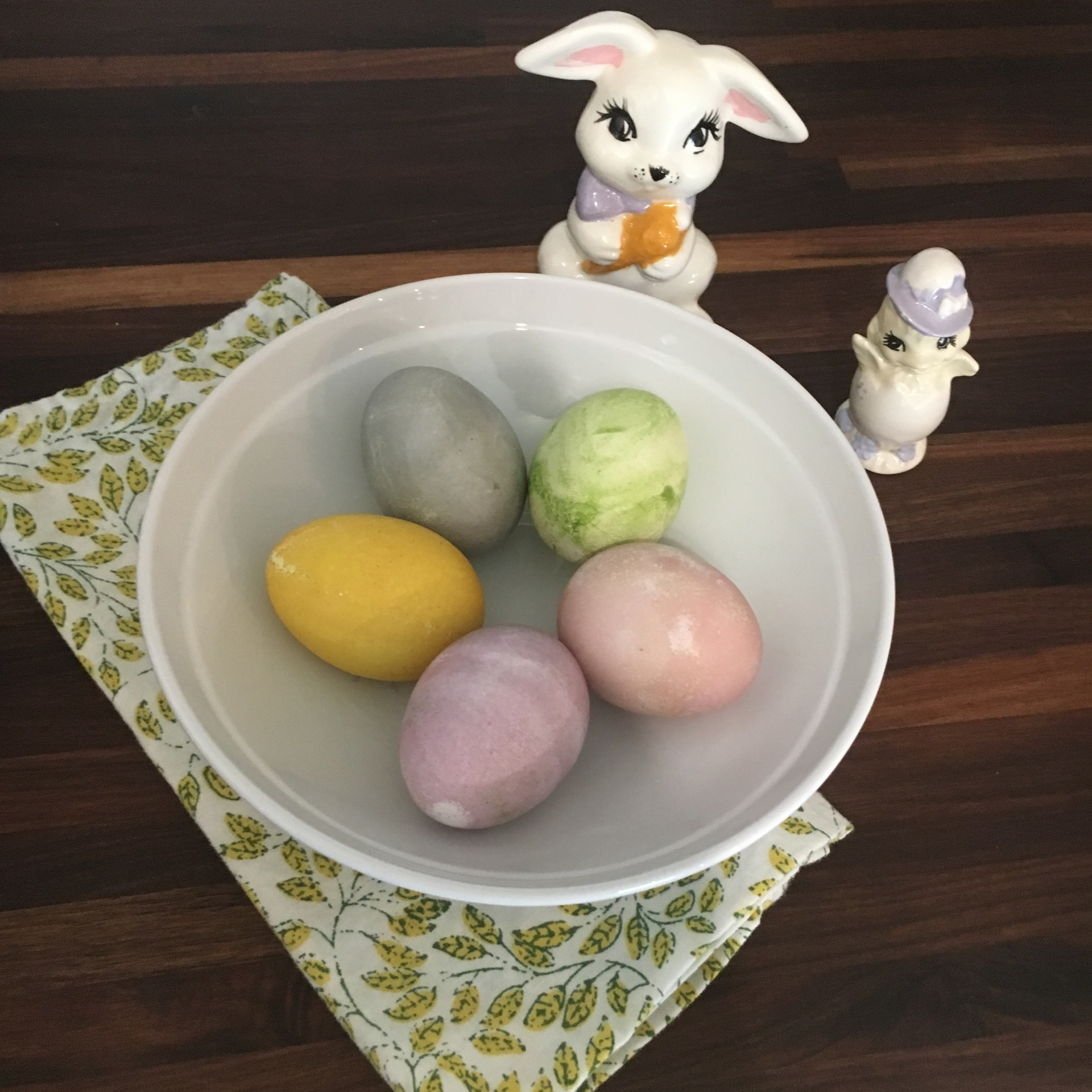 Safe and Fun Way to Dye Easter Eggs