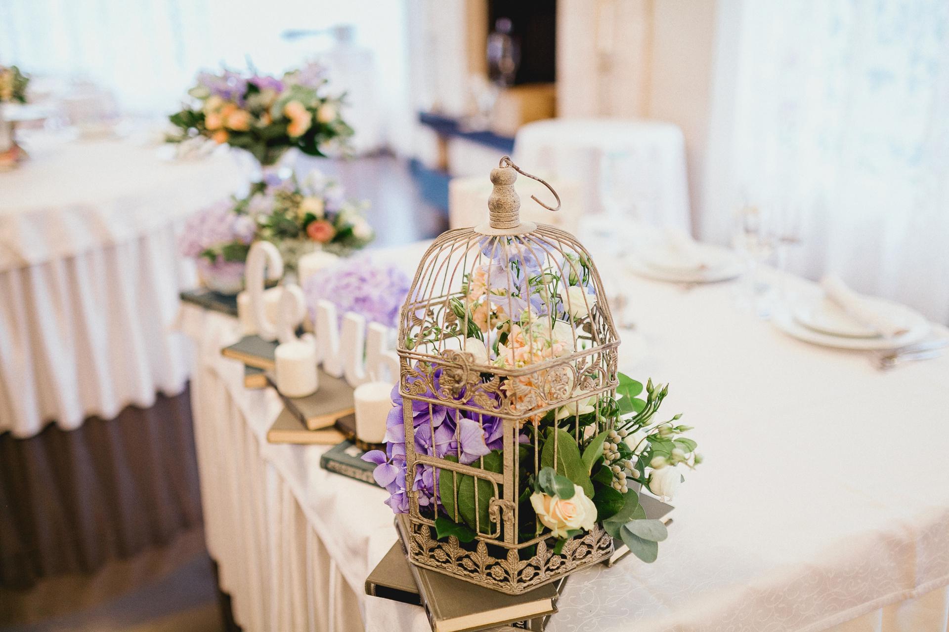 wedding centerpiece, rustic wedding centerpiece, birdcage wedding centerpiece, lavendar and white wedding, lavendar and white centerpiece