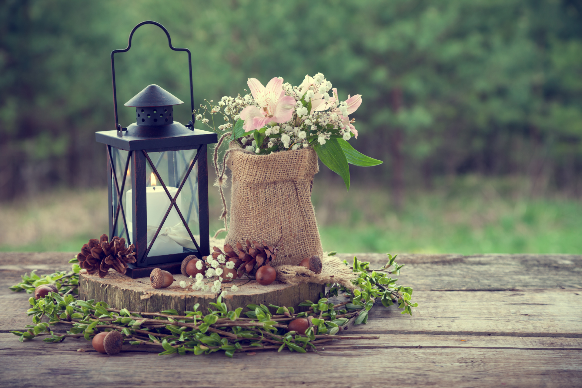 rustic wedding centerpiece, rustic wedding decoration, latern and wood centerpiece