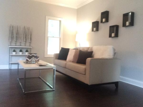 Modern Living Room Staging