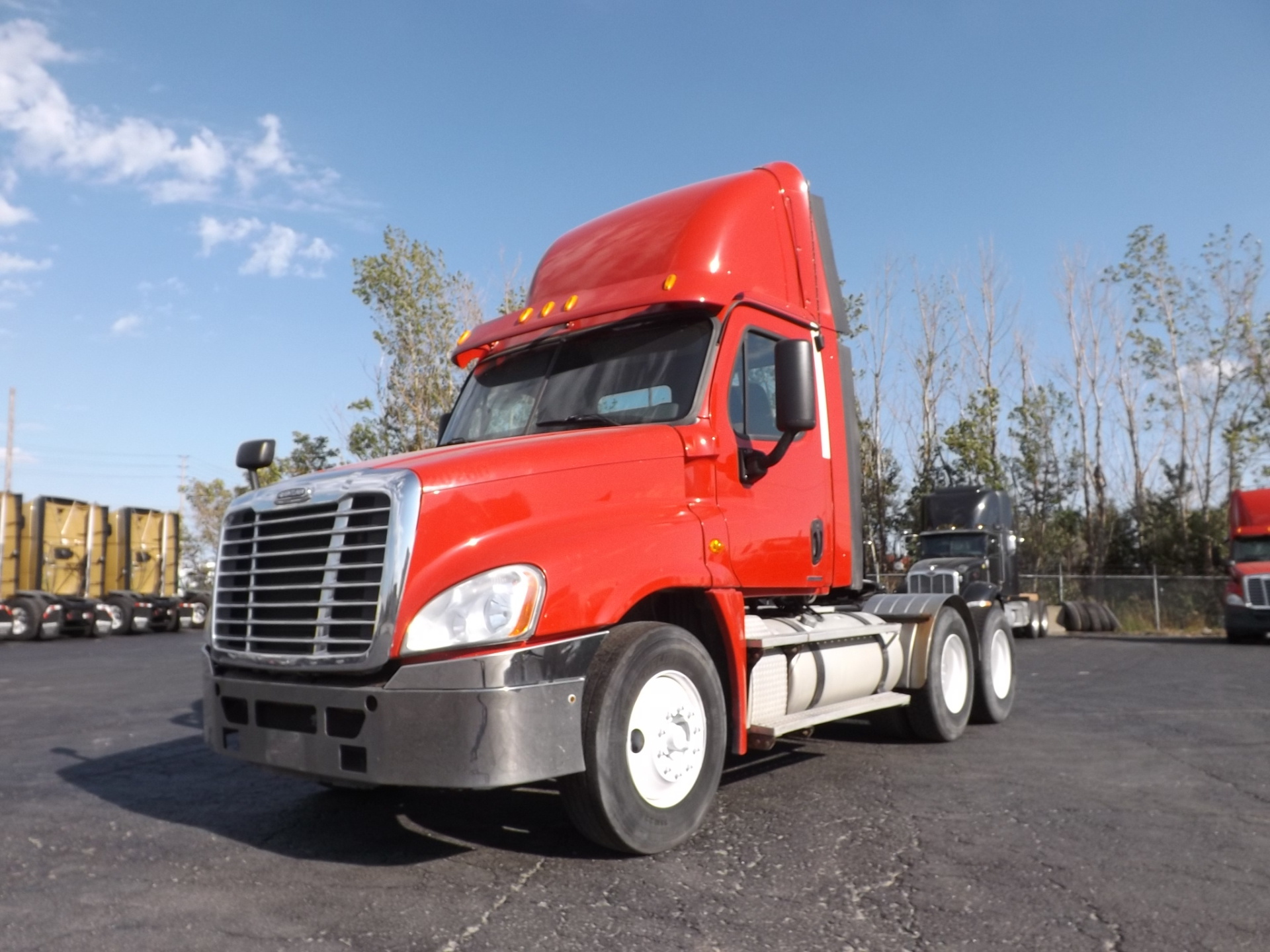 2011 Red Freightliner Cascadia Day Cab