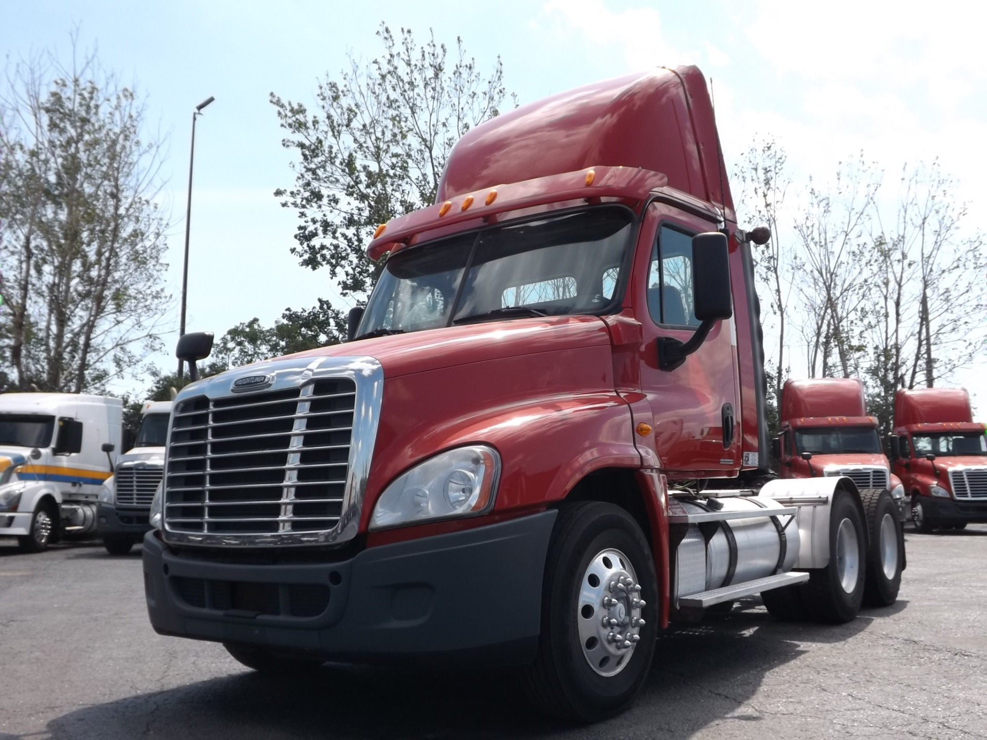 2012 Red Freightliner Cascadia Day Cab