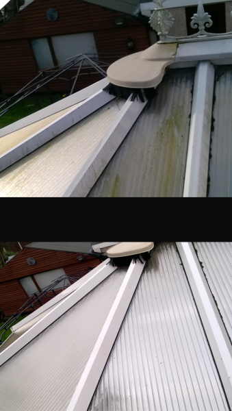 Conservatory roof cleans