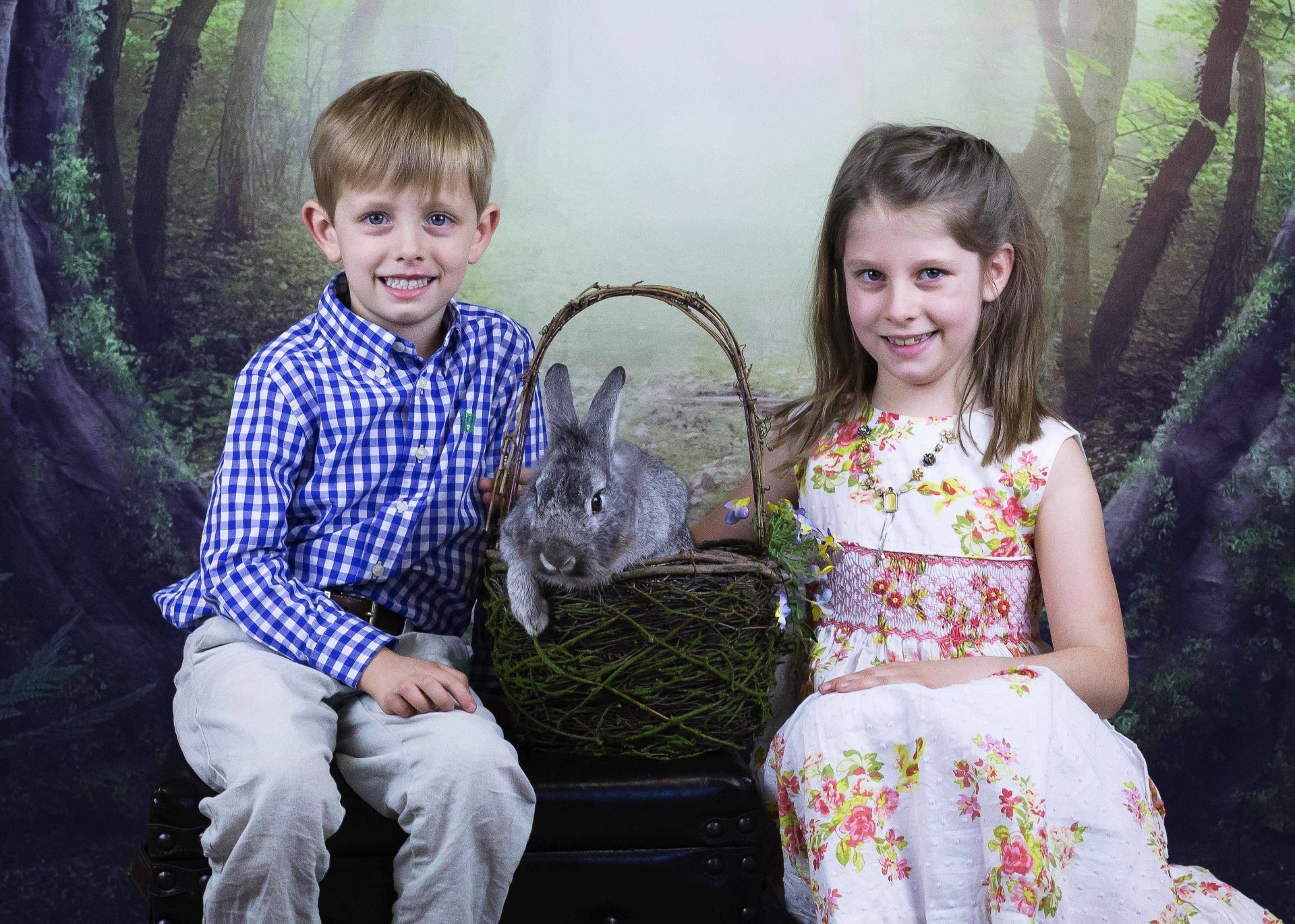 Photo Session with a Bunny || Spring Minis | Norcross, GA