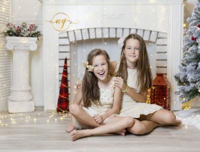 Palm Harbor Studio Photographer || Christmas Studio Pictures