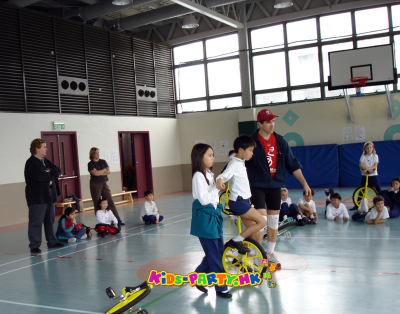 kids-party.hk - Unicycle workshop
