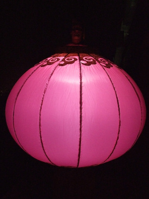 CHINESE LANTERN ON STILTS WITH LIGHTS