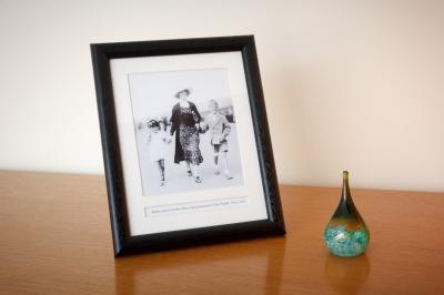 Picture Frame, Heirloom Life Album, Preserving Photographs