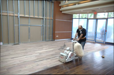 HARDWOOD FLOOR REFINISHING IN LOS ANGELES