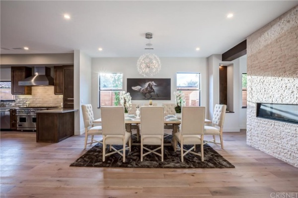 Dining Room hardwood floors installation