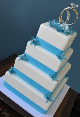 four tier square wedding cake
