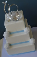 rings topper wedding cake