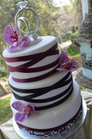 wrapped ribbon wedding cake