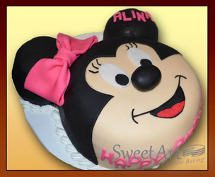 Disney Minnie cake