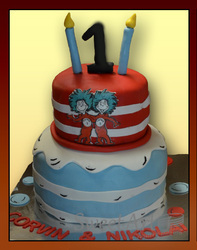 Thing 1 ad Thing 2 birthday cake