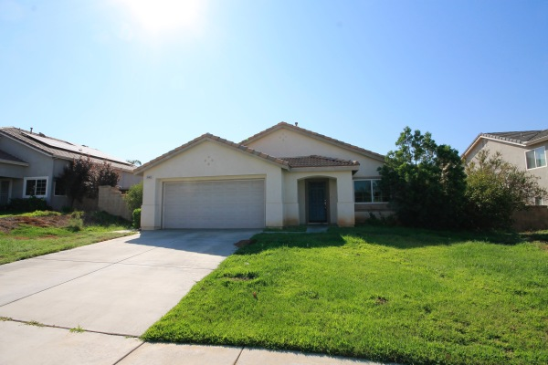 $310,000 28403 Saddlecrest St