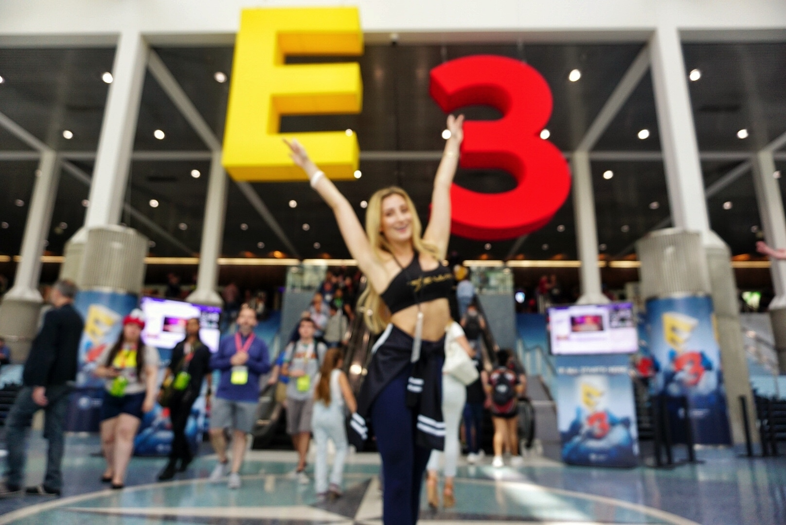 E3 2017! Getting lit as a gamer girl :)