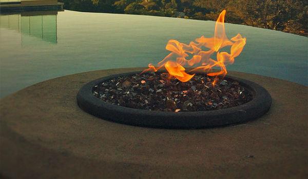 Poolside Firepit w/ lava rock