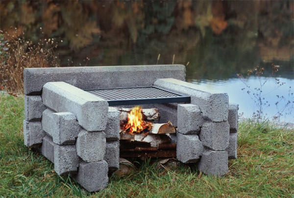 Link-Log fire pit w. food grate
