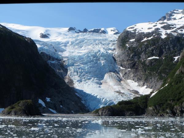 Explore Nearby Glaciers