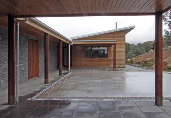 Kyneton House designed by sustainable architect Green Point Design. Stone and timber modern country home.