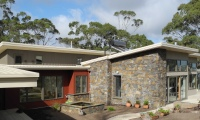 Hepburn House designed by sustainable architect Green Point Design. Flame zone design for bushfire.