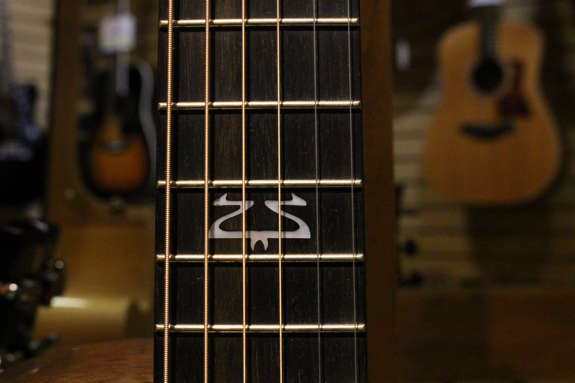 Breedlove Neck